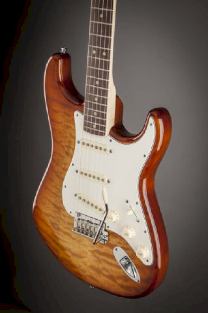 Fender AMERICAN Select Stratocaster® Exotic Maple Quilt - Modelli